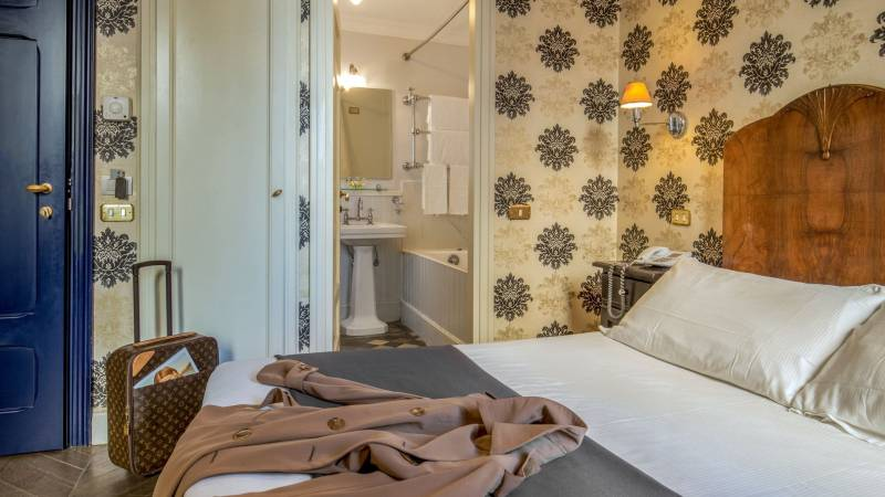 boutique-hotel-anahi-roma-gallery-camere-camera-standard-1